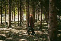 Portrait de femme blonde dans la robe d'été Photo libre de droits