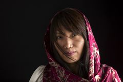 Portrait de femme coréenne avec l'écharpe Photographie stock