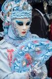 Portrait de femme Costumed au défilé vénitien dans Riquewihr en Alsace Image libre de droits