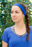 Portrait de femme de brune dans les vêtements de sport Photo stock