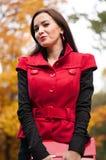 Portrait de fille magique de sourire en automne Image libre de droits