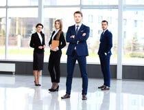 Portrait de groupe d'une équipe professionnelle d'affaires Photo stock