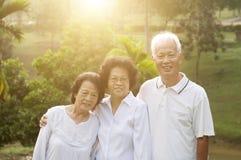 Portrait de groupe des personnes asiatiques d'aînés Photographie stock