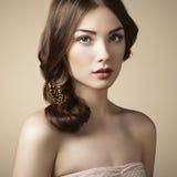 Portrait de jeune belle fille Photographie stock
