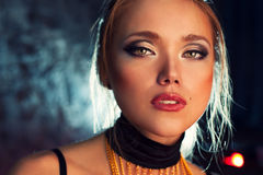 Portrait de jeune femme Photographie stock libre de droits