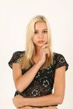 Portrait de jeune femme blonde calme Photographie stock libre de droits