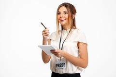 Portrait de jeune femme d'affaires réussie au-dessus du fond blanc Images stock