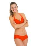 Portrait de jeune femme heureuse dans le maillot de bain photos stock