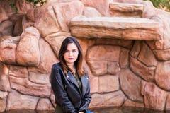 Portrait de jeune femme magnifique de brune Photo stock