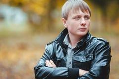 Portrait de jeune homme photos libres de droits