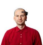 Portrait de jeune homme avec le casque d'électroencéphalographie d'EEG Image libre de droits