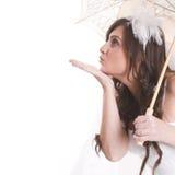 Portrait de jeune mariée avec le parapluie photo libre de droits