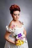 Portrait de jeune mariée dans le studio photos libres de droits