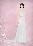 Portrait de jeune mariée dans le studio romantique Photos libres de droits