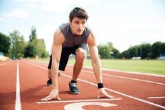 Portrait de l'athlète prêt à fonctionner photo libre de droits