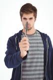 Portrait de l'homme tenant le rasoir droit de bord Photo stock