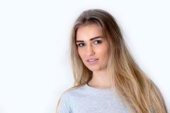 Portrait de la jeune femme Photographie stock libre de droits