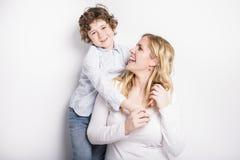 Portrait de mère et de fils photos stock