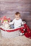 Portrait de Noël de bébé garçon image stock