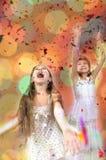 Portrait de Noël des enfants heureux images libres de droits