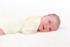 Portrait de nouveau-né mignon (2 semaines) Photographie stock