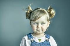 Portrait de pensée d'enfant Photo stock
