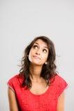 Fond élevé de gris de définition de femme personnes drôles de portrait de vraies image libre de droits