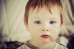 Portrait de petit garçon Image libre de droits