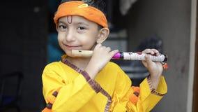 Portrait de petit seigneur Krishna Kanhaiya Boy Child banque de vidéos