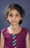 Portrait de petite fille indienne photographie stock
