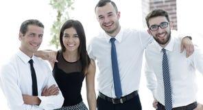 Portrait de plan rapproché d'équipe amicale d'affaires Image libre de droits