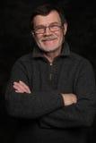 Portrait de plan rapproché d'homme plus âgé avec des verres Image libre de droits