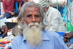 Portrait de plan rapproché d'un homme supérieur indien Photos libres de droits