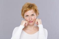 Portrait de quarante ans de femme Photographie stock libre de droits