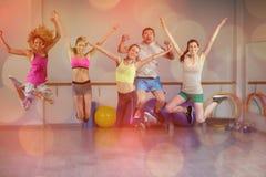Portrait de sauter d'équipe de forme physique Photographie stock libre de droits