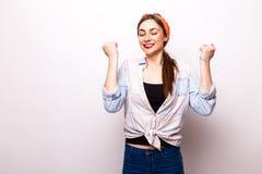 Portrait de sourire toothy heureux de femme d'affaires Photos stock