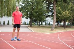 Portrait de sprinter d'ajustement images stock