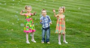 Portrait de trois amis Photo stock