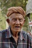 Portrait de vieil homme birman Photos libres de droits