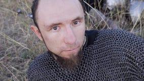 Portrait de Viking Warrior masculin médiéval Photographie stock