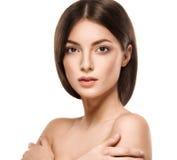 Portrait de visage de femme de beauté Beau Girl modèle avec la peau propre fraîche parfaite image libre de droits