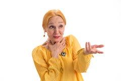 Portrait der überraschten alten Frau stockfotografie