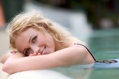 Portrait der blonden Frau Stockfotos