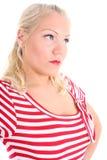 Portrait der Blondine in gestreiftem Kleid Lizenzfreies Stockfoto