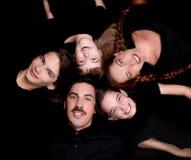 Portrait der glücklichen Familie mit 5 Bauteilen Stockfotos