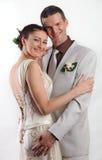 Portrait der glücklichen Jungvermählten stockfotografie