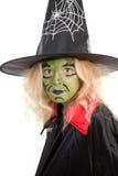 Portrait der grünen Halloween-Hexe Stockfotos