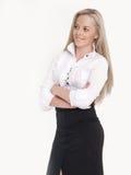 Portrait der jungen busineswoman Stellung Lizenzfreie Stockfotografie