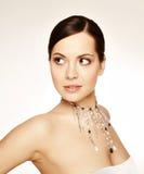 Portrait der jungen Frau der Schönheit lizenzfreie stockfotografie