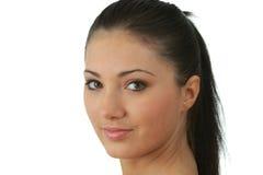 Portrait der jungen Frau mit Gesundheitshaut des Gesichtes Stockfotografie